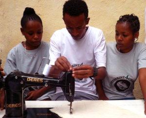 02 Sewing Training